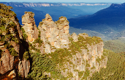a photo of the Three Sisters rock formation in the Blue Mountains.