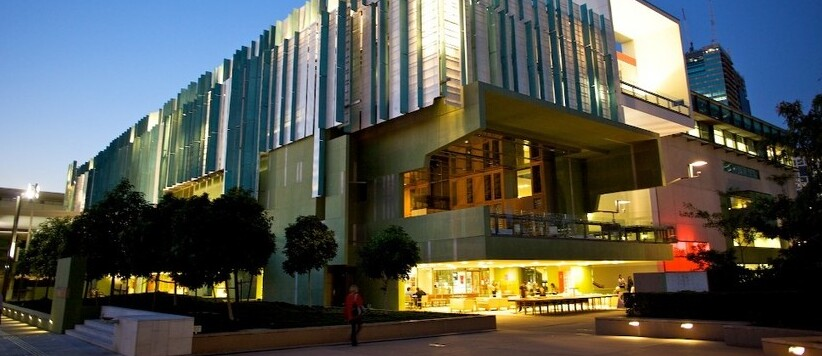 Brisbane's Southbank is where you'll find museums, galleries, theatres and playhouses.
