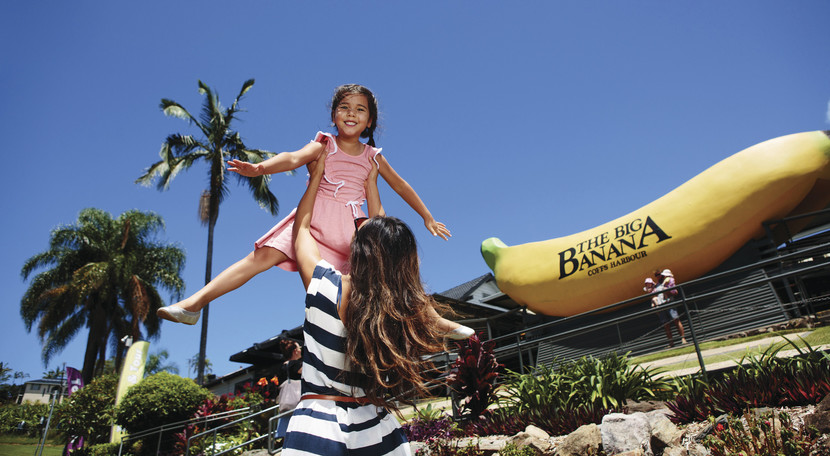 a mum and her daughter visiting the Big Banana in Coffs Harbour.
